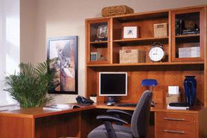 Компьютерные столы на фото