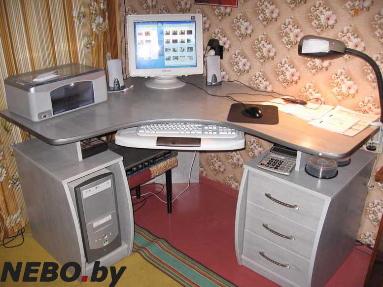 Купить компьютерный стол Киев, Украина. . Угловые компьютерные столы для дома по низким ценам. . (044) 227-05-03