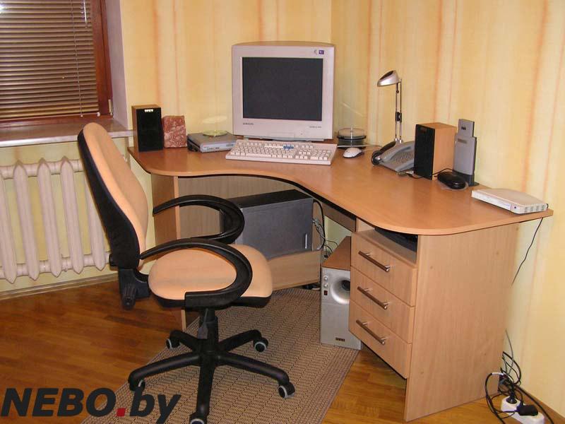 Письменные столы угловые рб