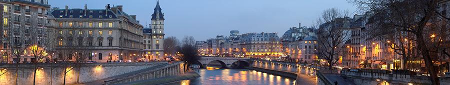 Скинали - Вид на Париж со стороны моста Пон-Нёф