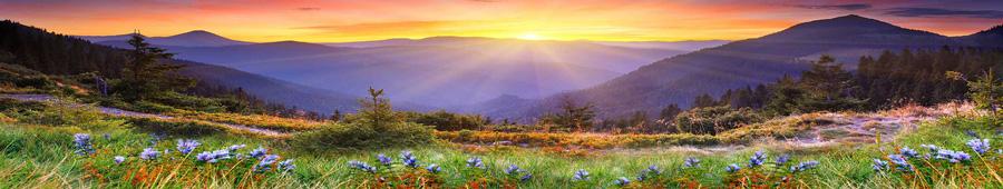 Скинали - Панорама восхода солнца в горах