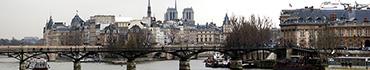 Скинали - Вид на Париж со стороны реки Сена