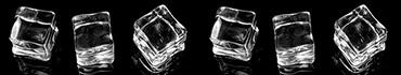 Скинали - Кубики льда на черном фоне