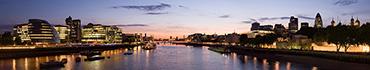 Скинали - Ночной панорамный вид на Темзу, Лондон