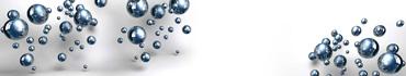 Скинали - Глянцевые сферы на белом фоне
