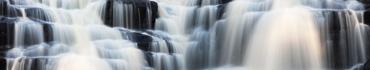 Скинали - Потоки воды каскадного водопада